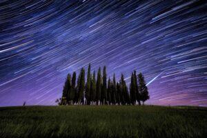 Noc plná padajících hvězd